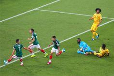 México vence Camarões em Natal por 1 a 0 em jogo conturbado | #Arbitragem, #Camarões, #Copa, #Copa2014, #CopaDoMundo, #Erro, #GrupoA, #México, #MéxicoVsCamarões, #PriscilaFerreira