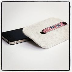 iPhone 4 Case iPhone 4S Case wool felt White by Bookase on Etsy, $20.00