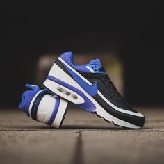 """Nike Air Max BW Premium OG """"Persian Violet"""" will be launching ONLINE on Tuesday 8th of March at 08:00GMT and will be priced at £105.00. #nike #airmax #airmaxbw #bigwindow #persianviolet #hanon #hanonshop"""