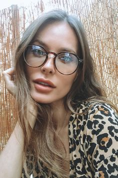 Nice Glasses, Leather Glasses Case, Barcelona Fashion, Womens Glasses, 8 Hours, Natural Colors, Girls In Love, Reading Glasses, Beautiful Eyes