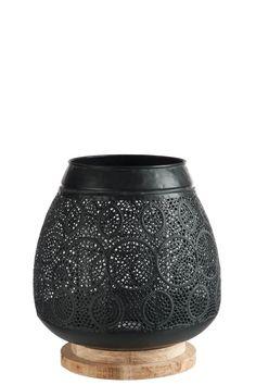 Pour une déco chaleureuse, photophore oriental en métal noir... Vase Noir, Decoration Table, Oriental, Retro Chic, Warm, Jar Candle, Black Metal, Modern, Woodwind Instrument
