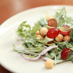 Summer Dish You'll Love: Arugula and Chickpea Salad - SELF