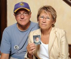 MINNEAPOLIS (AP) — Los restos de un niño secuestrado en 1989 en Minnesota han…