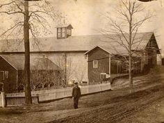 Photo of stone barn at Mount Lebanon Shaker site