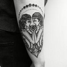 tatuajes de signos una original interpretación de geminis