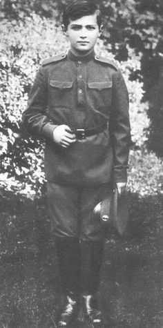 Alexei around WWI, Growing into a very handsome man. A fulfillment destined not to be.