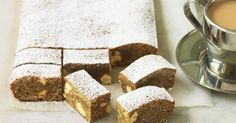 White chocolate & gingerbread slice - This slice of dessert heaven is concocted from a heady mix of sugar, ginger, cinnamon and white chocolate. White Chocolate Brownies, Chocolate Slice, Australian Christmas Food, Baking Recipes, Cake Recipes, Christmas Baking, Christmas Recipes, Christmas Goodies, Christmas Treats