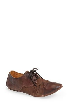 Free shipping and returns on Bed Stu 'Rumba' Oxford (Women) at Nordstrom.com. Naturally tanned leather and sturdy canvas come together to heighten the vintage sophistication of a finely crafted cap-toe oxford.