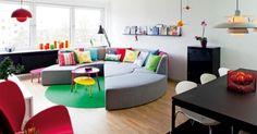 Kleurrijke woonkamer van Charlotte