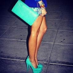 blue and turquoise--my life revolves around these colors!!