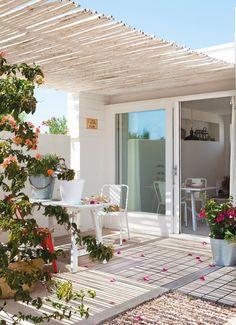 Dreamy 37 m² house on the island of Formentera found. Design: Estela Gómez Lupión