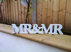 New Wedding Gift Letters White Wood Mr & Mrs Sign Top Table Decoration wedding decoration letters