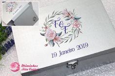 Caixa de madeira personalizada com cartões de honra Personalized Tote Bags, Invites Wedding, Livros