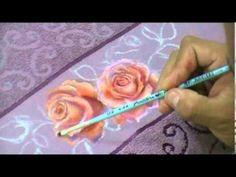 Pintura em tecido, Rosas,fino acabamento por Maneco Araújo