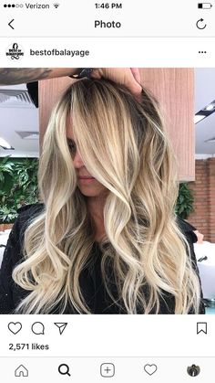 long blonde balayage loose curls hair