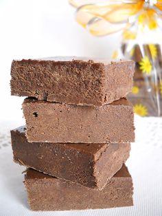 Baton de ciocolata de casa,reteta.Ciocolata de casa, reteta culinara.Reteta de ciocolata de casa cu poze.Cum se face ciocolata de casa