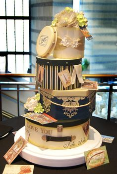 Vintage Hatboxes - Jenna and Justin's cake had it all. Beautiful vintage design, and a story all in one. For the full story behind this cake, click HERE!!