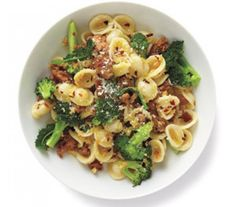 Pasta With Turkey and Broccoli