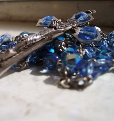 Great article! 10 Rosary Tips for Rosary Strugglers