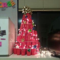 Red Solo Cup Dorm Christmas Tree(: This was my first pin ever, and few people ha. Redneck Christmas, Tacky Christmas Party, Purple Christmas, Christmas In July, Christmas Gifts, Holiday, Cheap Christmas Trees, Xmas Tree, Christmas Decorations