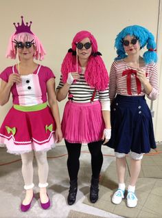 """Lala-love the idea of the button """"spectacles."""" rae by day: DIY: A Lalaloopsy Doll Costume"""