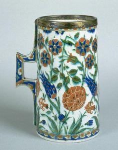 Hanap with floral decoration C. 1575 Iznik, Turkey Fritware, painted underglaze slip decoration, transparent glaze