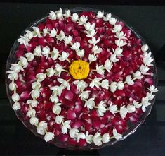 Floating flowers Rangoli Designs Flower, Rangoli Ideas, Rangoli Designs Diwali, Flower Rangoli, Beautiful Rangoli Designs, Flower Designs, Flower Mandala, Diwali Decorations At Home, Festival Decorations
