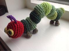 Birdie* haakt: The Very Hungry Caterpillar. Crochet For Kids, Free Crochet, Knit Crochet, Crochet Amigurumi, Crochet Dolls, Crochet Kawaii, Fibre And Fabric, Yarn Crafts, Baby Knitting