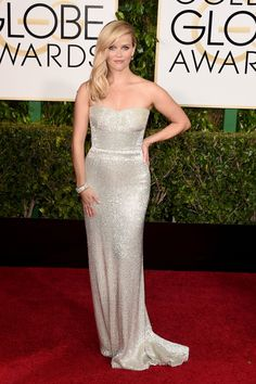 Loving Reese Witherspoon gown by Calvin Klein. #GoldenGlobe #redcarpet 2015