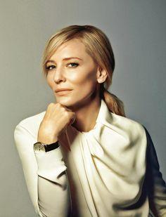 """Cate Blanchett est en cover de """"Madame Figaro"""" cette semaine. Rencontre avec l'actrice australienne"""