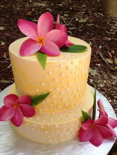 # Modern Tropical Wedding Cake  ... Wedding Guide ... The how, when, where & why of wedding planning for brides, grooms, parents & planners ... https://itunes.apple.com/us/app/the-gold-wedding-planner/id498112599?ls=1=8 … plus lots of budget wedding ideas ♥ The Gold Wedding Planner iPhone App ♥ http://pinterest.com/groomsandbrides/boards/
