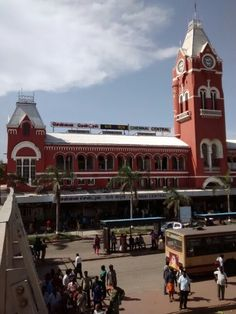 #ChennaiCentral Railway Station at 2:45pm in the #MonthOfMay #HotSummer