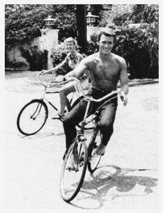 Clint Eastwood rides a bike. Tags: Clint Eastwood Rawhide circa 1960 Clint Eastwood rides a bike. Tags: Clint Eastwood Rawhide circa 1960 Clint Eastwood rides a bike. Clint Eastwood, Cinema Tv, I Love Cinema, Hollywood Stars, Old Hollywood, Hollywood Actresses, Bike Rider, Bike Style, Jolie Photo