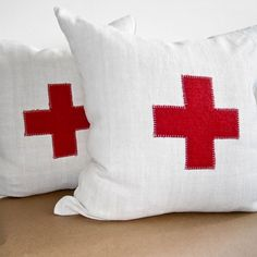 I've been wanting some red cross pillows for the boys room. I thought a pop of red would look great in their room. Army Decor, American Red Cross, Grand Designs, Colour Board, Vintage Market, Red White Blue, Home Textile, Rustic Style, Swiss Army