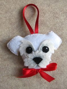*FELT ART ~ Customized dog felt keyring ornament by LilolimonFelt dog- I wonder if I could make a pomeranian?dog, can swap for a dark eye spots.homemade cat and dog Christmas ornaments looks somewhat like our own dog Toto :) Felt Ornaments Patterns, Dog Ornaments, Felt Patterns, Ornaments Image, Beaded Ornaments, Glass Ornaments, Felt Christmas Decorations, Felt Christmas Ornaments, Handmade Christmas