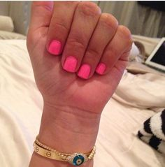 These were Kim Kardashian's nails. Lovely and simple, love short nails.