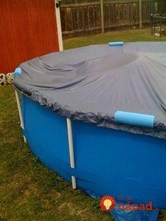 Šikovná mamička kúpila 9 tyčí na plávanie a prerezala ich na polovice: Nepoužila ich však do bazéna, ale úplne inak!