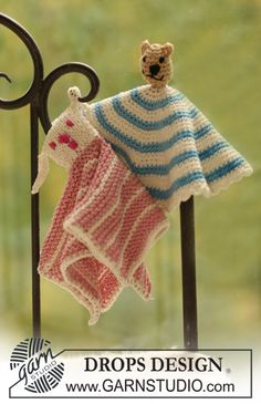 Free pattern: DROPS knitted and crochet small blankets with animal motifs in…