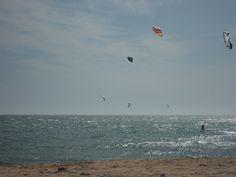 Kitesurf en Los Caños de Meca en La Janda Litoral  #Cádiz   www.restaurantecastillejos.es