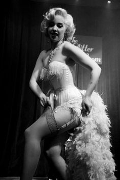Burlesque. Gorgeous, back in the days when they knew how to do sexy.