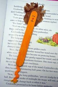 Senzill punt de llibre amb pal de gelat