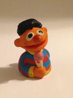 Vintage Sesame Street Ernie PVC Finger Puppet Toy For Birthday