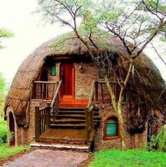 Serengeti National Park is home to the world's largest herds that make it the continent's richest grazing land. With all its natural splendor, Serengeti National Park is definitely Africa's. Crazy Houses, Little Houses, Weird Houses, Tiny Houses, Casa Dos Hobbits, Beautiful Homes, Beautiful Places, Amazing Places, Amazing Things