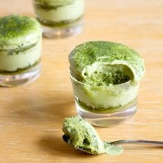 Matcha (Green Tea) Tiramisu...... Okay now!! where can i get me some of this