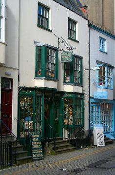 Antique Textiles Shop, Well Walk, Cheltenham, England