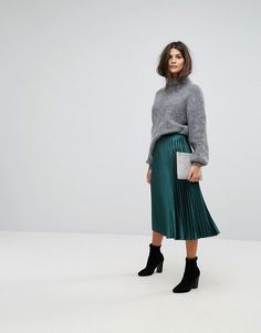 Fall Outfits | Fall Skirts | Midi Skirts | Pleated Skirt | Whistles Satin Pleated Midi Skirt in Green