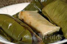 Tamales de Gallina Salvador Food, Chicken Tamales, Vegetarian Recipes, Cooking Recipes, Mexican Dishes, Quick Meals, Cucumber, Good Food, Dinners
