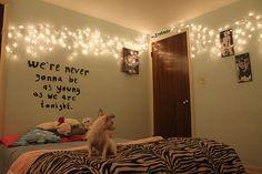 Inspiração: decoração do quarto com pisca-piscas