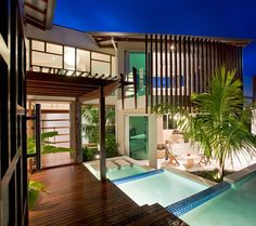 House in Queensland | Chris Clout Design Australian Homes, Tropical Houses, Facade House, My Dream Home, Dream Homes, Timber Architecture, Conception, Decks, Exterior Design