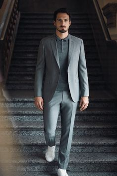 Customize your tailoring: BOSS Made for Me is our tailoring service allowing you to personalize your next BOSS suit Winter Outfits Men, Trendy Outfits, Business Casual Men, Men Casual, Josh Bowman, Boss Suits, Mats Hummels, Dressing Sense, Sports Celebrities